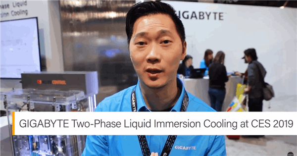 An Improved PUE Solution with Two-Phase Liquid Immersion Cooling